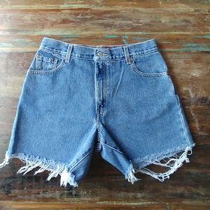 Vintage Levis 550 cut off shorts - women's size 12
